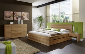 Menší fotografie ložnice, postele - Erin