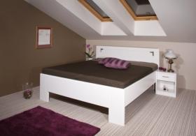 Menší fotografie ložnice, postele - DeLuxe 2