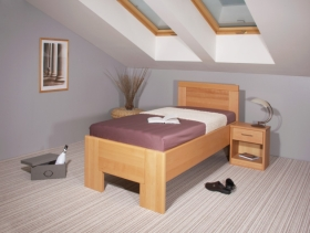 Menší fotografie ložnice, postele - DeLuxe 2 s plnym čelem