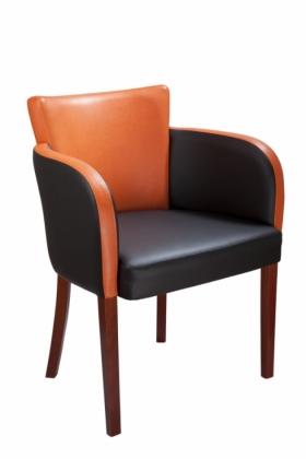 Menší fotografie dřevěné židle - 323 728