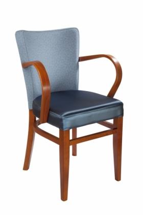 Menší fotografie dřevěné židle - 323 770