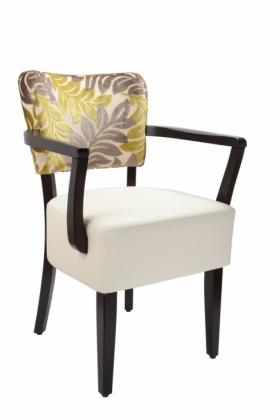 Menší fotografie dřevěné židle - 323 783